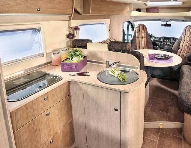 Bürstner Ixeo Times it 695 - Interior
