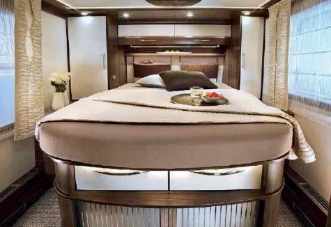 Bürstner ELÈGANCE i 800 G - Interior