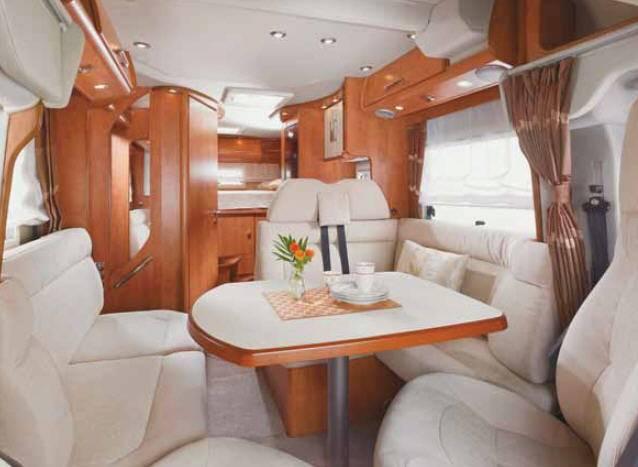 Carthago c-tourer 145 H - Interior
