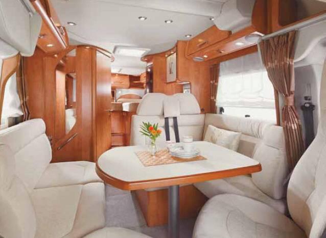 Carthago c-tourer 148 H - Interior