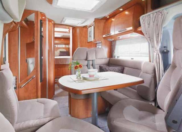 Carthago c-tourer 150 - Interior