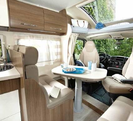 Challenger Genesis 297 - Interior