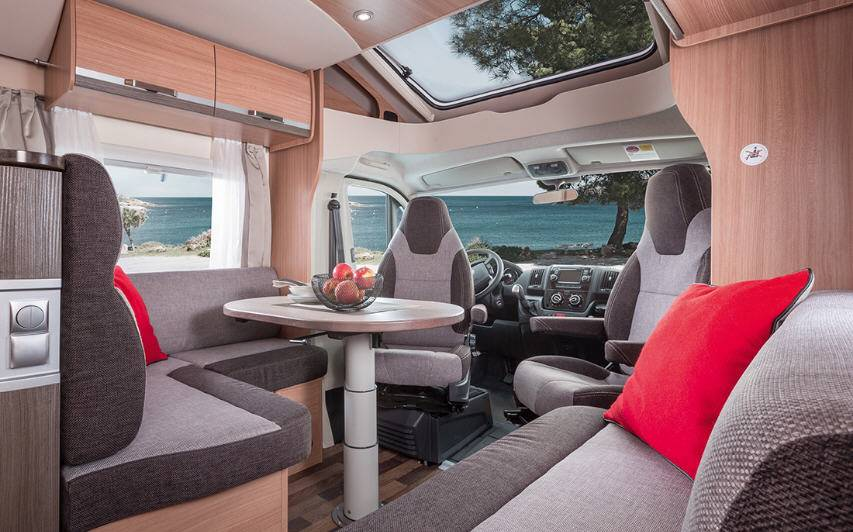 Knaus SkyWave 650 MG - Interior