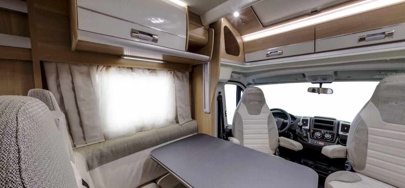 Laika Ecovip EV412 - Interior