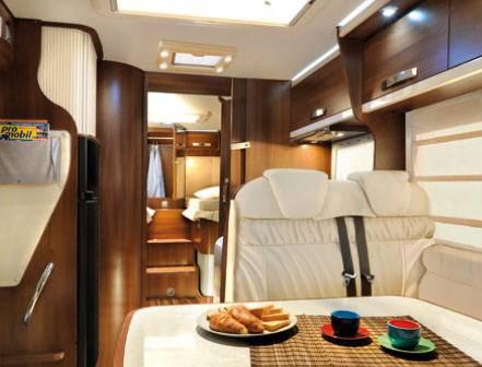 Mclouis Tandy 673 - Interior