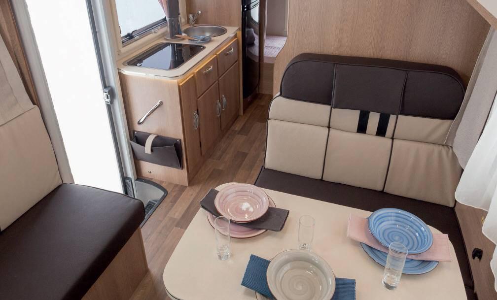 Mclouis GLAMYS GLAMYS 40 - Interior
