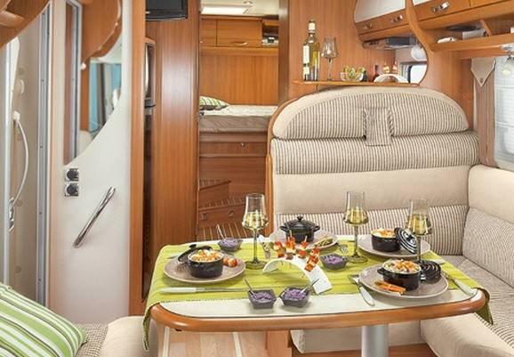 Rapido Serie 9 9083 dF - Interior