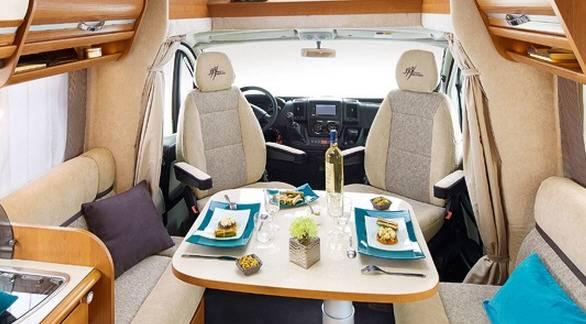 Rapido Serie 6 690 - Interior
