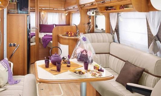 Rapido Serie 9 946 DF - Interior