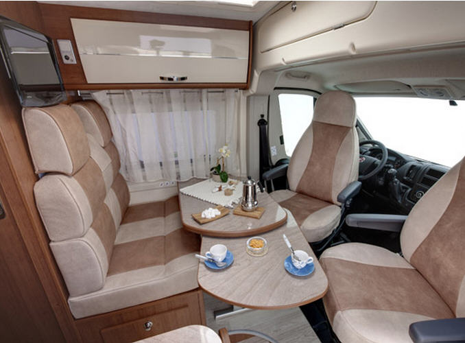 Roller Team LIVINGSTONE 255 ACTIVE - Interior