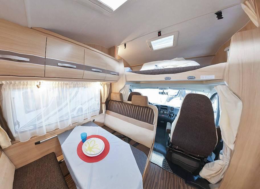 Sunlight A 70 - Interior