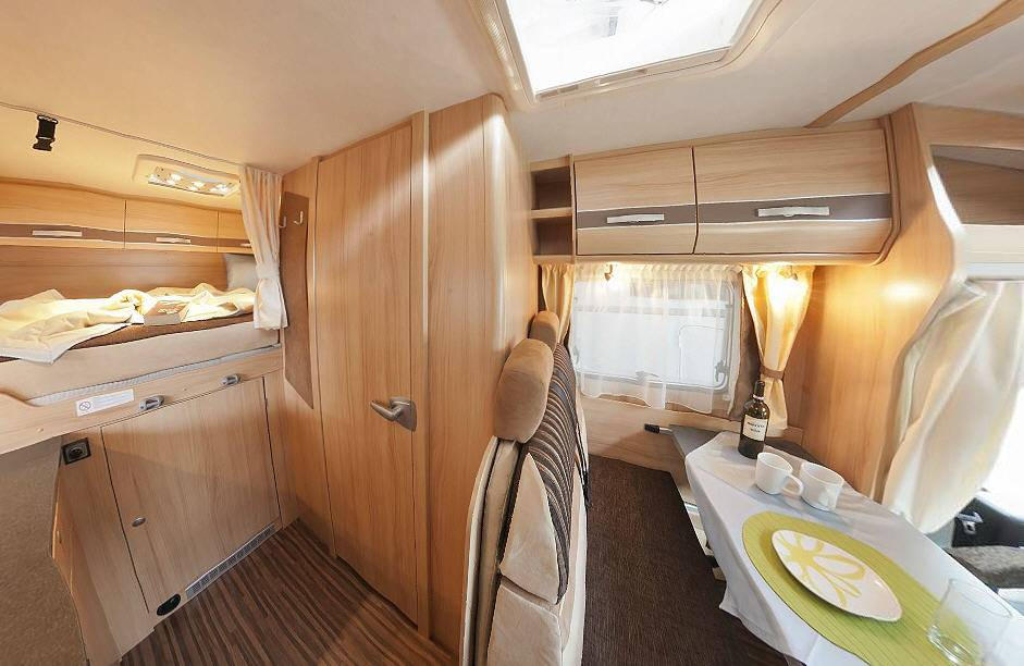 Sunlight T 57 - Interior