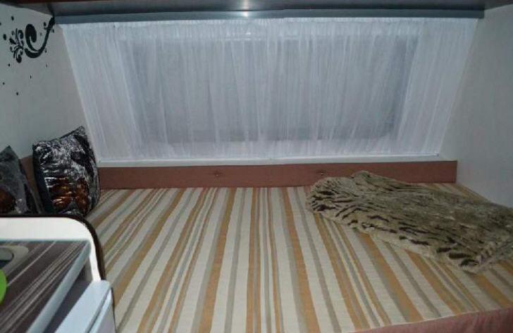 Across Car ARENA 431 CDL - Interior