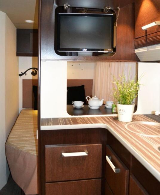 Across Car ARENA 455 TS - Interior