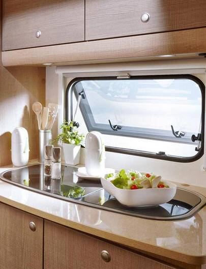 Bürstner Premio 400 TS - Interior