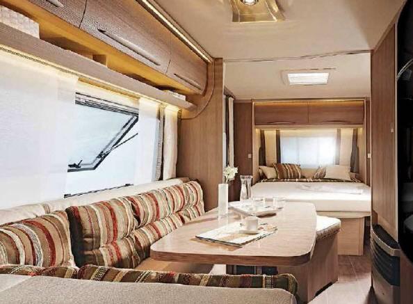 Bürstner AVERSO 455 TS - Interior