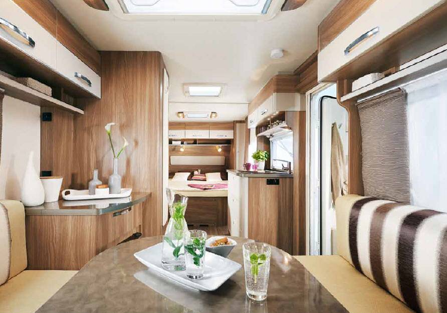Bürstner Premio 490 TS - Interior
