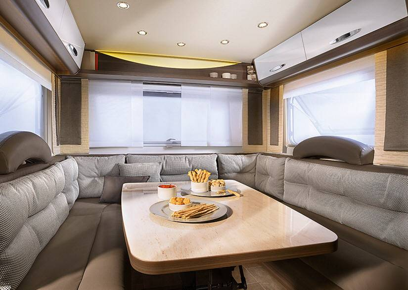 Bürstner Averso Plus 410 TS - Interior