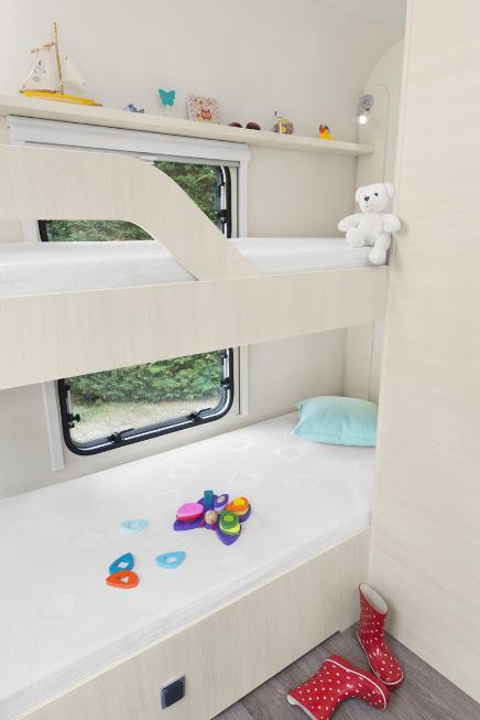 Caravelair ANTARES 476 Family - Interior