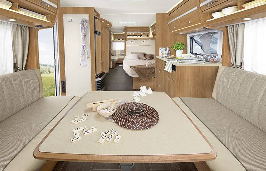 Dethleffs NOMAD 670 FAR - Interior