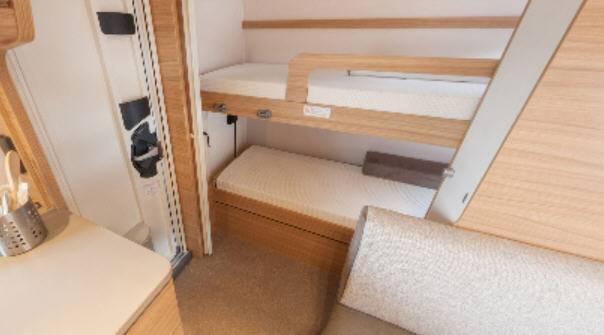 Dethleffs CAMPER 550-ESK - Interior
