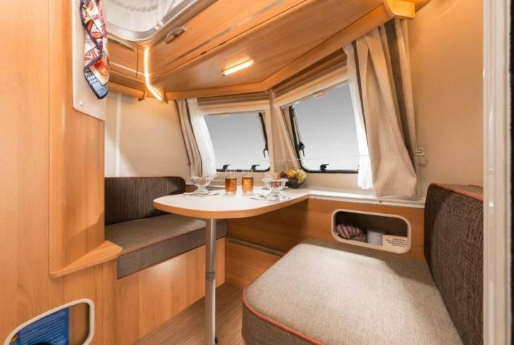 Eriba Touring Triton 418 - Interior