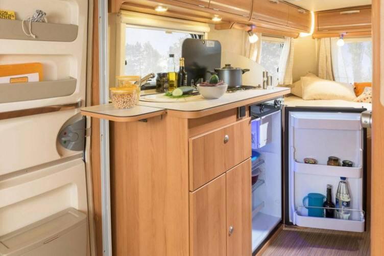 Eriba Touring Triton 420 - Interior