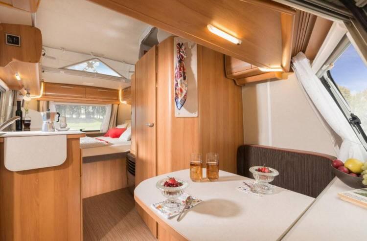 Eriba Touring Silver Triton 430 - Interior