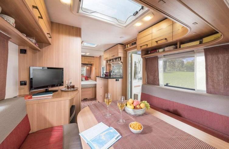 Eriba Living 550 - Interior
