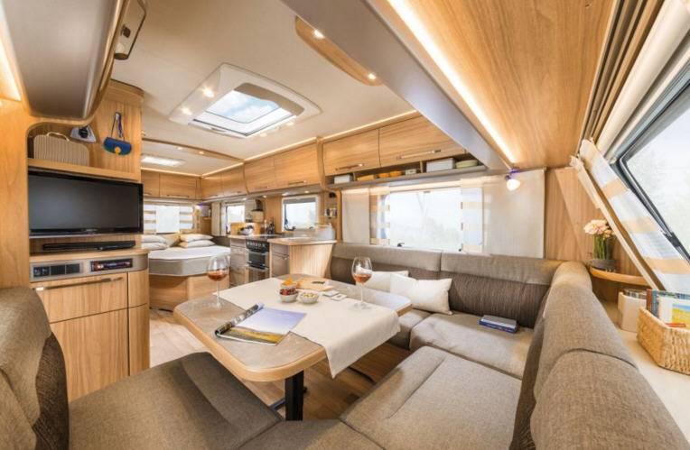 Eriba Nova GL 585 - Interior