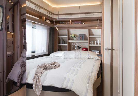 Fendt Bianco Selection 465 SFB - Interior