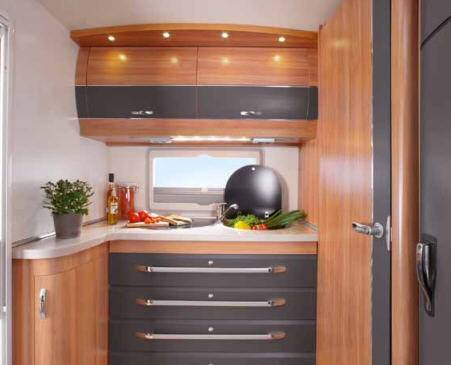 Hobby DELUXE 420 KB - Interior
