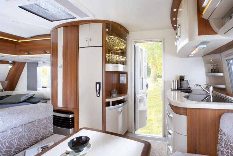 Caravana hobby premium 440 sfr modelo de 2013 - Interior caravana ...