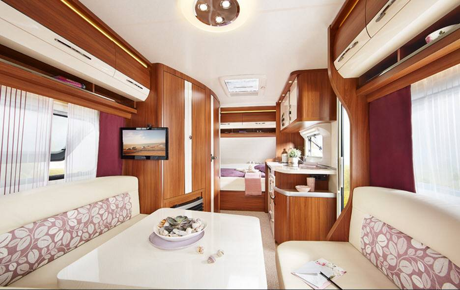 Hobby EXCELLENT 560-CFE - Interior