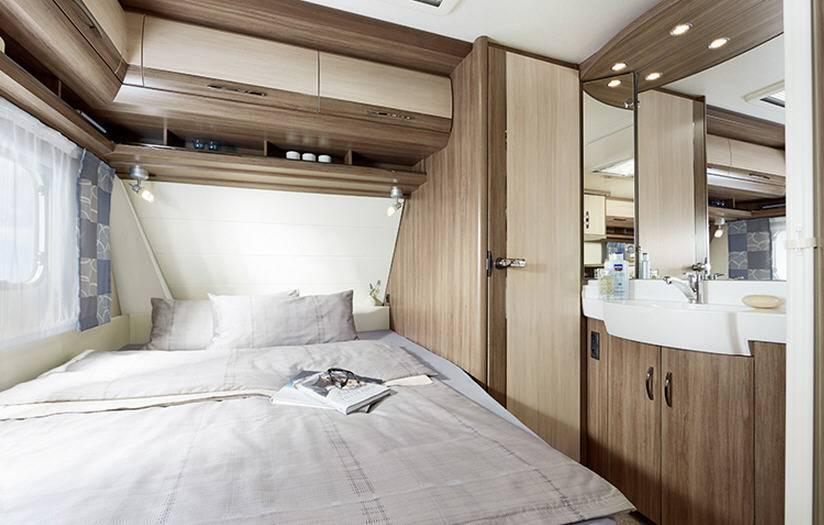 Hobby DELUXE 560-UL - Interior