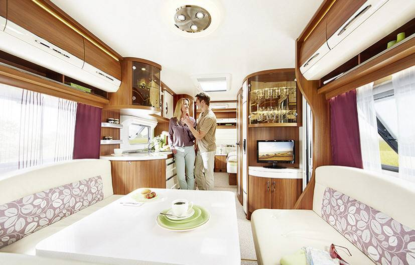 Hobby EXCELLENT 540-WLU - Interior