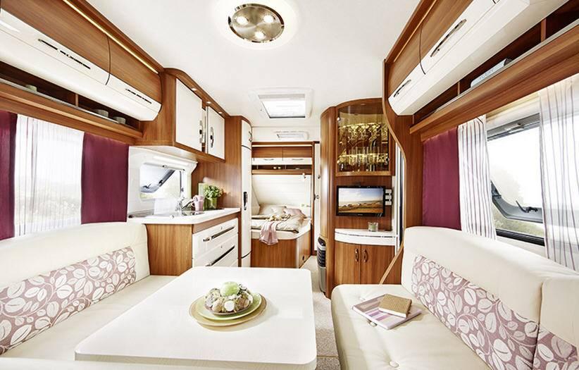 Hobby EXCELLENT 540-UFE - Interior