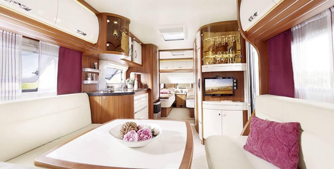 Hobby Premium 560 UL - Interior