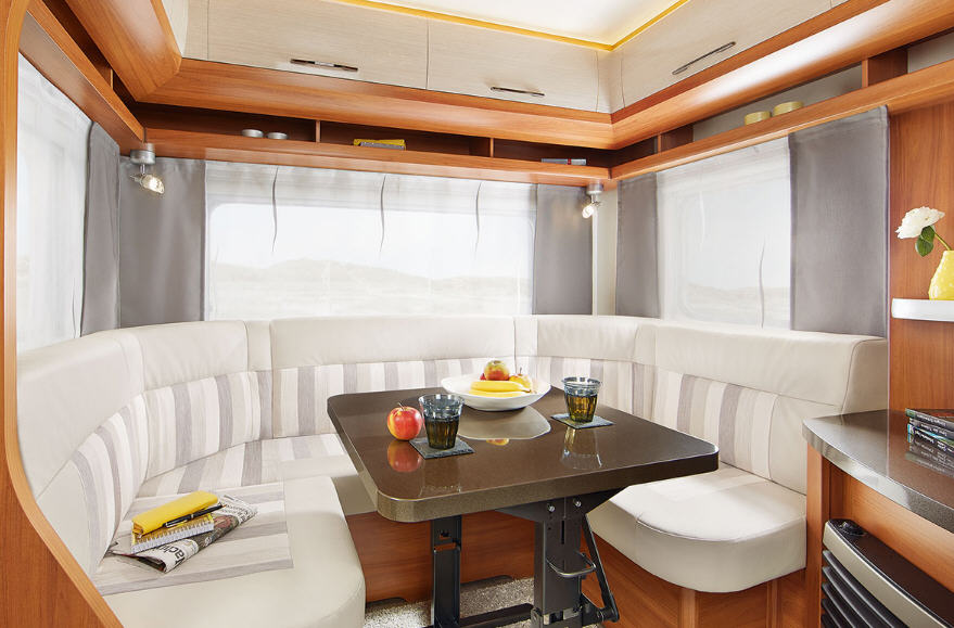 Hobby ONTOUR 470 UL - Interior