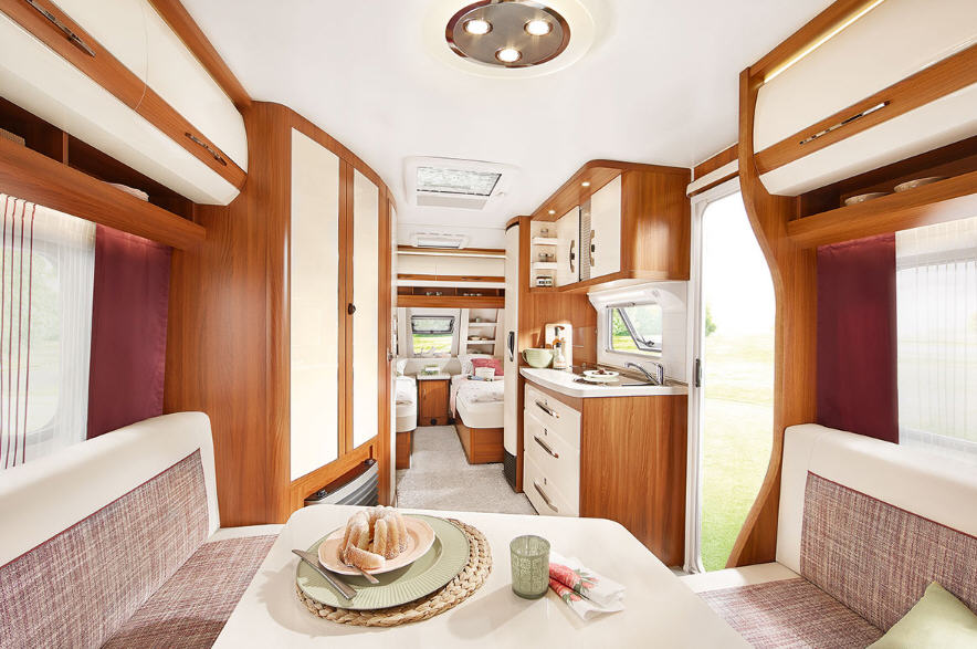 Hobby EXCELLENT 495 UL - Interior