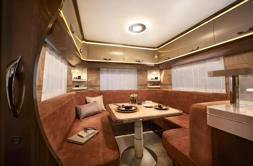 Hobby PREMIUM 560 CFE - Interior