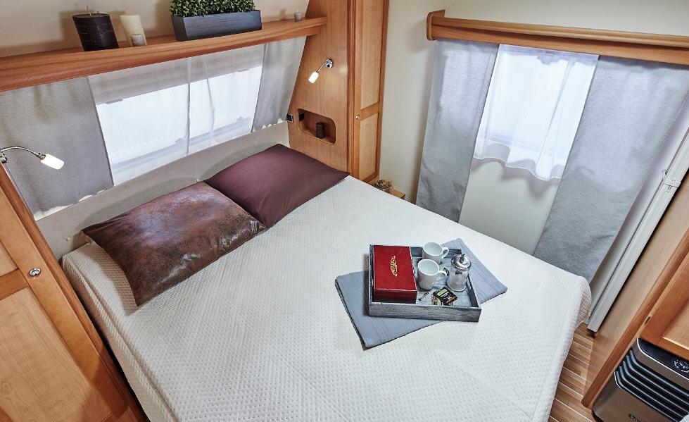 La Mancelle LEGENDE 490 SA - Interior