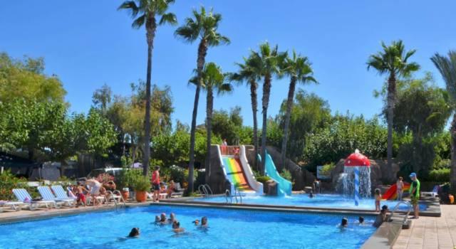 piscina torsal camping torrelasal