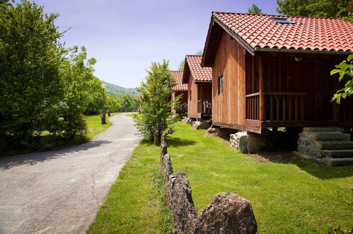 campingsalon.com - Estos son los mejores campings de España según la FEEC
