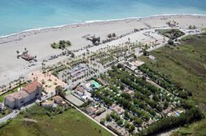 Playa de Poniente: un camping con microclima propio