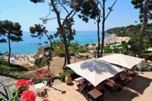 Un camping a pie de playa en la Costa Brava
