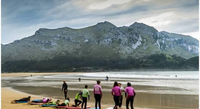 Playa Arenillas, un camping en Cantabria para practicar surf