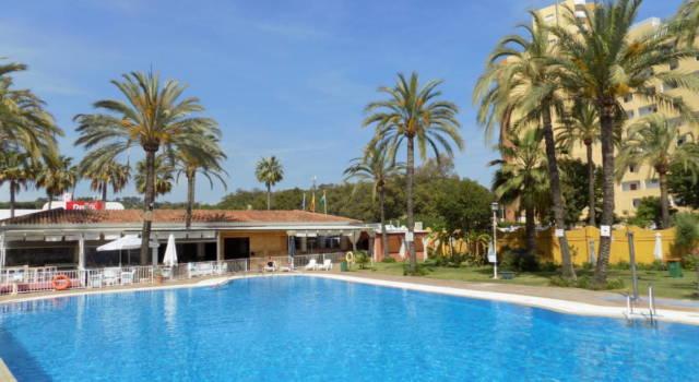 piscina del camping Marbella Playa