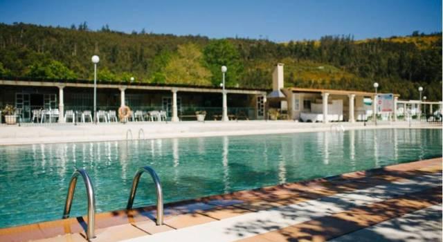 piscina camping rural ría de arosa II