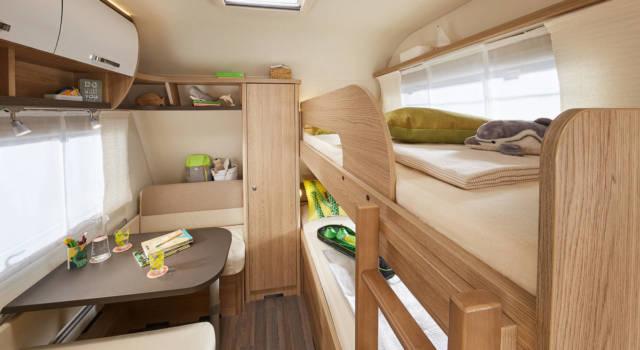 Habitación caravana Burstner Averso